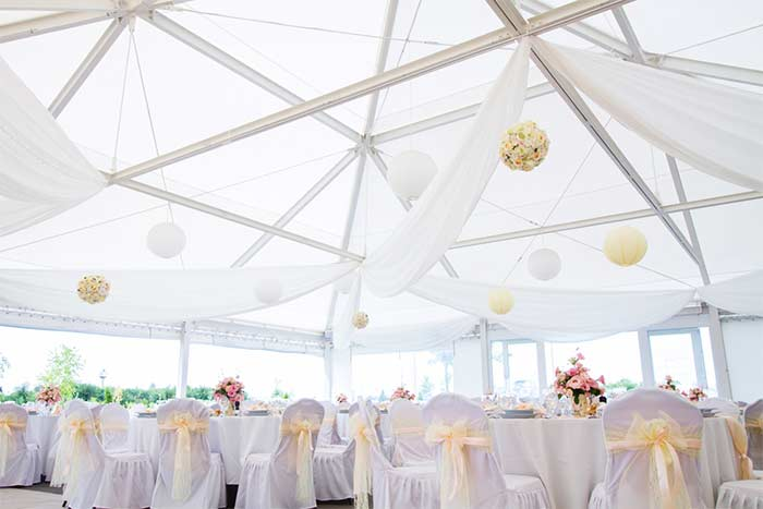 Create the Ultimate Wedding Reception with the Perfect Marquee
