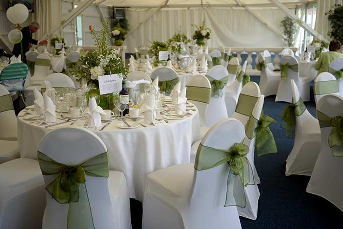 Great Ways to Decorate a Wedding Marquee on a Budget