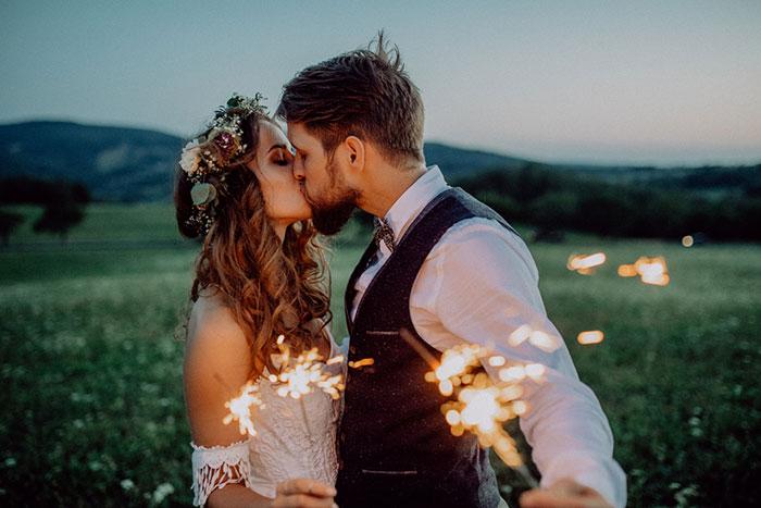 Tiny Weddings – the Next Big Wedding Trend