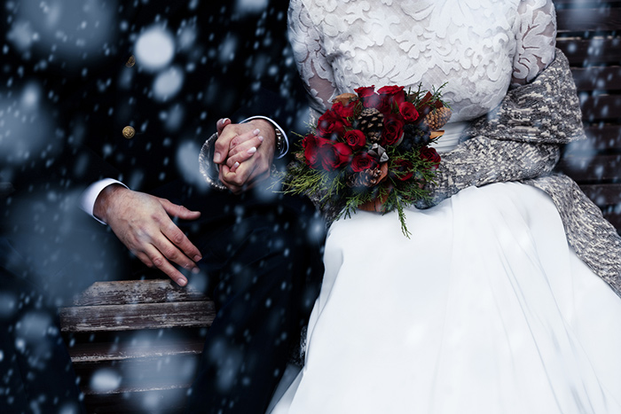 Choosing the Perfect Flowers for a Winter Wedding